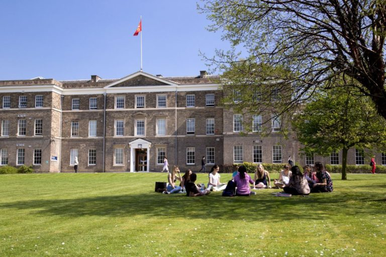 University of Leicester (DClinPsy)